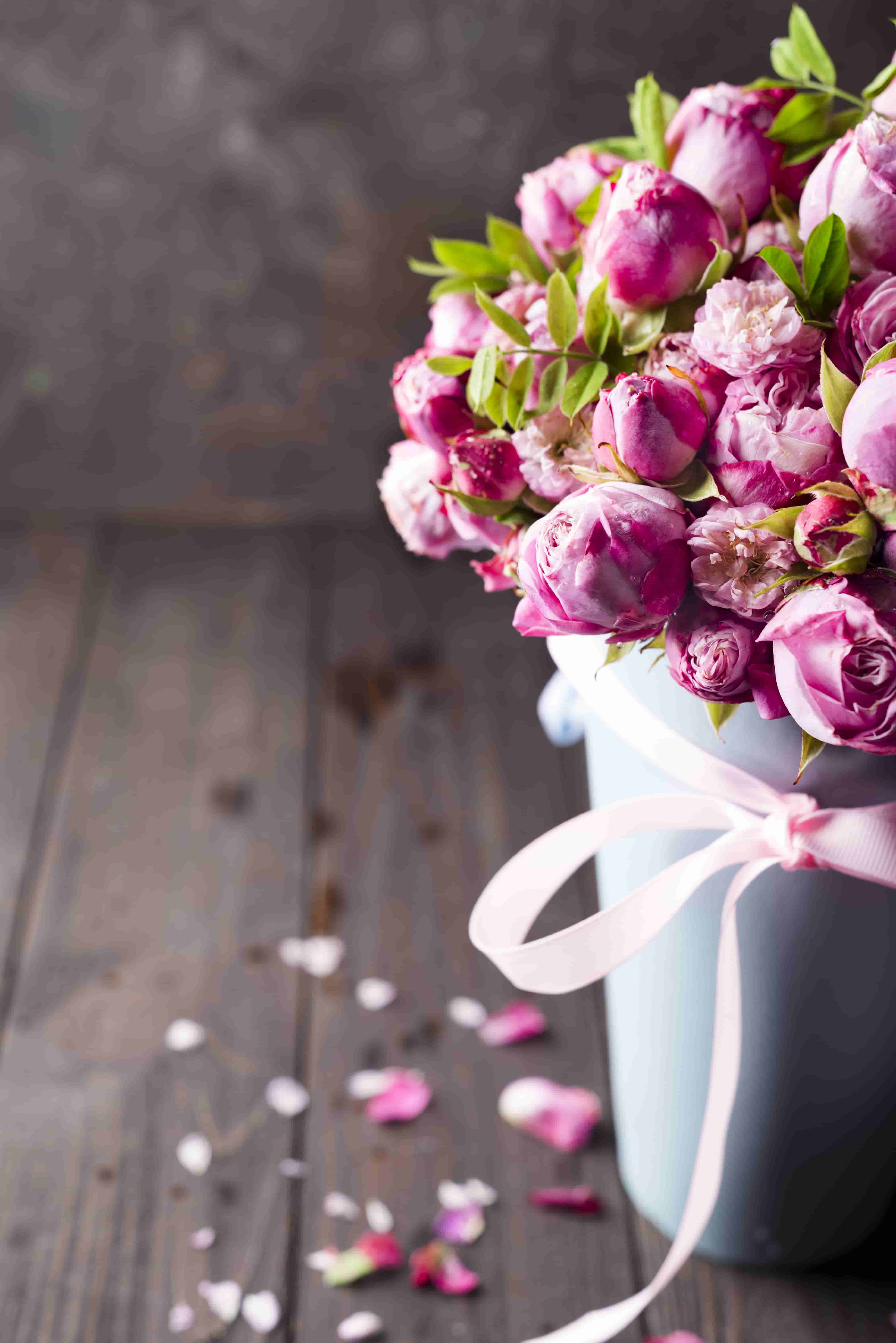 big bouquet of roses image